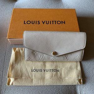 Louis Vuitton Sarah Wallet in Empreinte